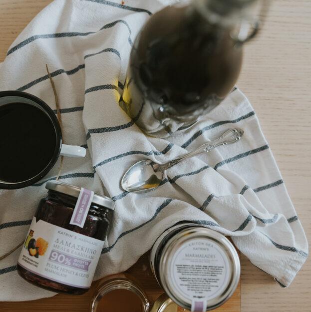 Δαμάσκηνο – Μέλι – Ελαιόλαδο